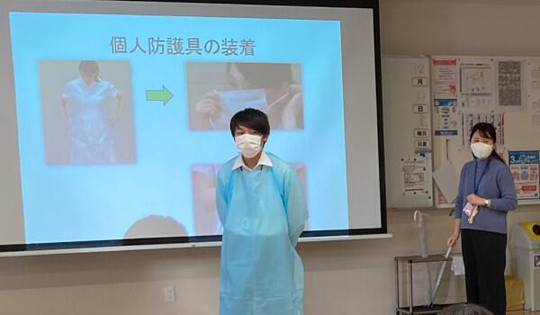 将来医療の現場で働く学生を対象とした研修会